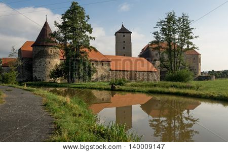 Svihov - water castle Water Castle Svihov-stone castle situated in the town of the same name near Klatovy. The castle is surrounded by water. In the medieval times it functioned as a protection against the enemies. Now it seems to be more or less attracti