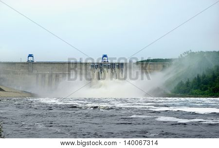 Bureya hydroelectric power station during the emergency release of water from the reservoir