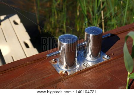 Boats parking - Mooring bitts for small the vessels