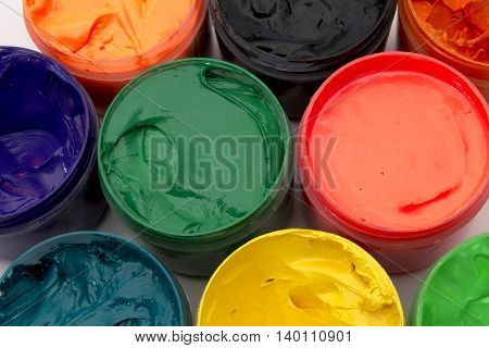 Paint cans for textile in assorted colors