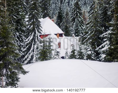 Snowy Wooden Cottage At Muntele Mic Resort Caransebes Romania