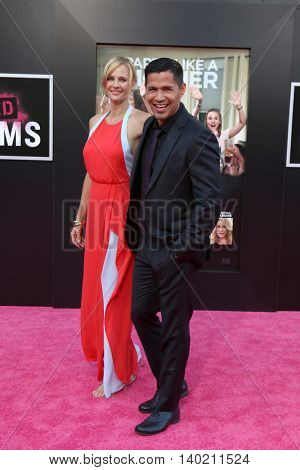 LOS ANGELES - JUL 26:  Daniella Deutscher, Jay Hernandez at the