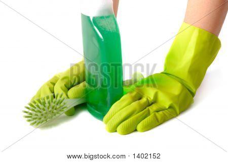Pause Of Housekeeper