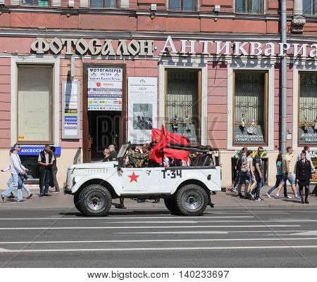St. Petersburg, Russia - 9 May, White opened the SUV, 9 May, 2016. Celebration day of victory in the center of St. Petersburg.