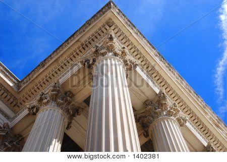 Triple Pillar