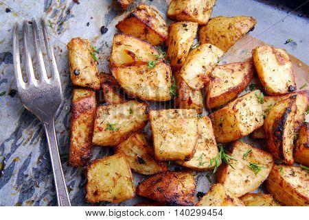 close up of the roasted potatoes macro
