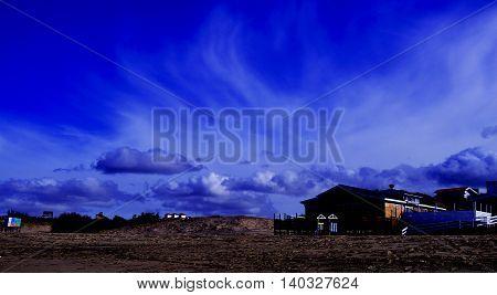 Dia de playa nublado con balneario incluido