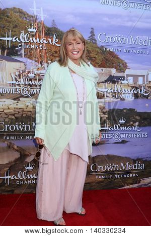LOS ANGELES - JUL 27:  Diane Ladd at the Hallmark Summer 2016 TCA Press Tour Event at the Private Estate on July 27, 2016 in Beverly Hills, CA