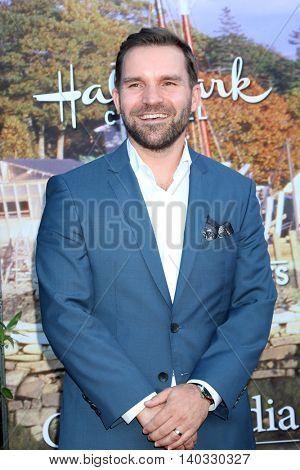 LOS ANGELES - JUL 27:  Geoff Gustafson at the Hallmark Summer 2016 TCA Press Tour Event at the Private Estate on July 27, 2016 in Beverly Hills, CA