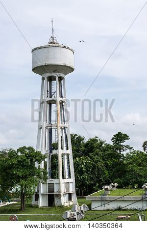 Water Tank Tower with Water Supply Tank
