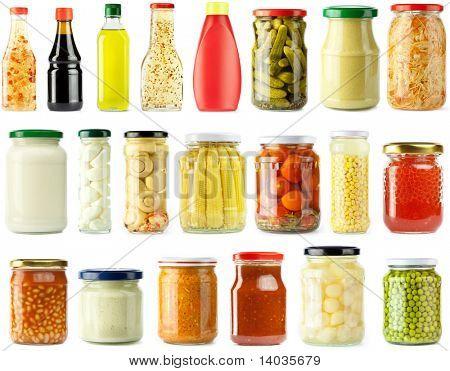 Bewaard, ingemaakte groenten en voedsel ingrediënten set, geïsoleerd