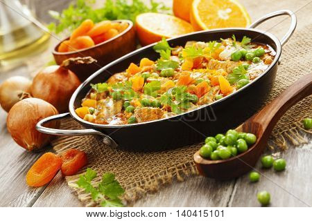 Chicken With Oranges