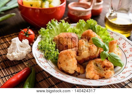 Breaded Fried Cauliflower With Potatoes