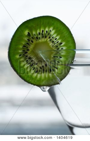 Glass With A Plate Kiwi