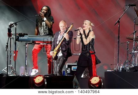 NEW YORK-SEPT 27: Singer Sting (C) performs with Gwen Stefani (R) of No Doubt at the 2014 Global Citizen Festival to end extreme poverty by 2030 in Central Park on September 27, 2014 in New York City.