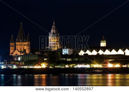 Romanesque cathedral of Mainz at night Germany