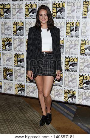 LOS ANGELES - JUL 21:  Shailene Woodley arrives to the Comic Con 2016 -