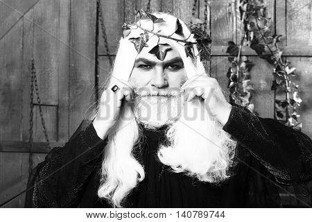 Zeus Gog Man