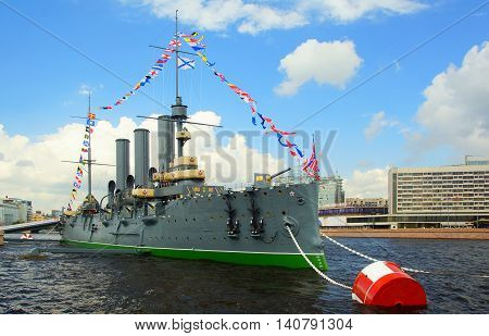 ST. PETERSBURG, RUSSIA - JULY 31, 2016:Day of the Navy in St. Petersburg. Cruiser Aurora