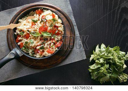 Homemade pasta: the pasta, tomato sauce and fresh basil