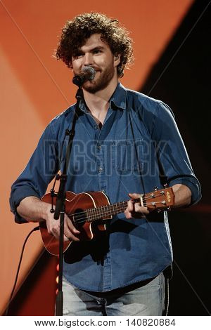 NEW  YORK-NOV 13: Vance Joy performs on stage during VH1's 2nd Annual 'You Oughta Know Live In Concert' 2014 at Hammerstein Ballroom on November 13, 2014 in New York City.