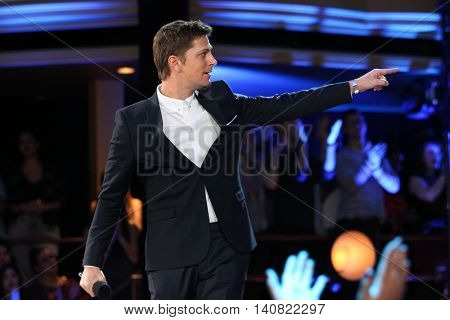 NEW  YORK-NOV 13: Rob Thomas of Matchbox 20 on stage during VH1's 2nd Annual 'You Oughta Know Live In Concert' 2014 at Hammerstein Ballroom on November 13, 2014 in New York City.