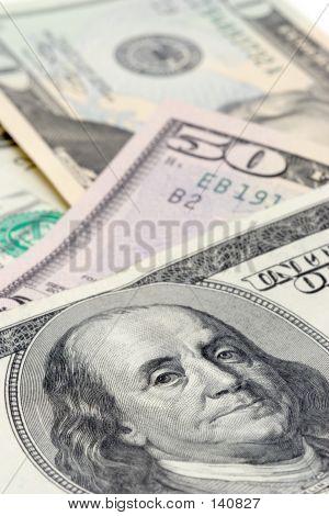 Bank Notes Macro