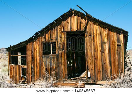 Abandoned House in the Eastern Sierra mountains of California