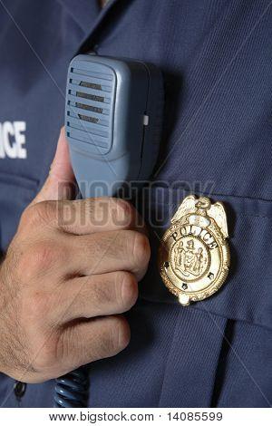 Detalhe de uniforme de polícia