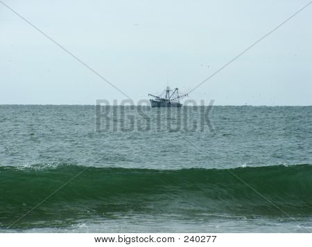 Fishing Ship Wave