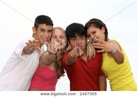 glücklich Gruppe von vielfältigen Jugend