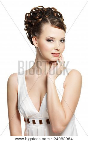 Beautiful  Sensuality Woman With Beauty Hairstyle