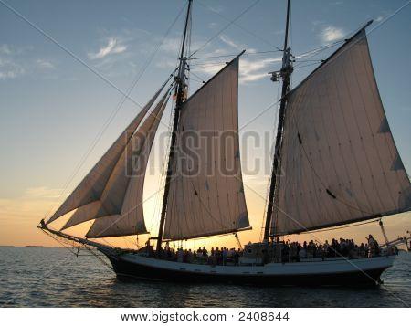 Sun Set Segelboot