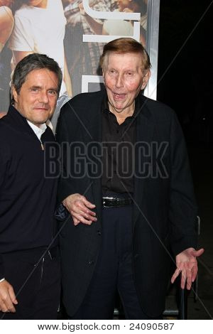 LOS ANGELES - OCT 3:  Brad Grey, Sumner Redstone arriving at the