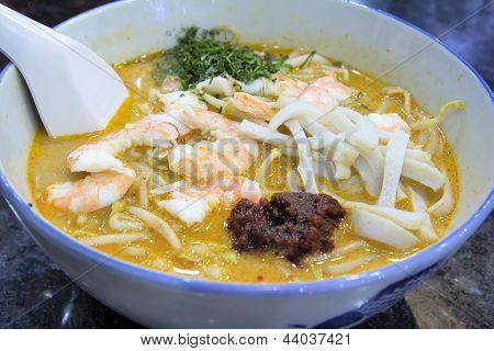 Singapore Laksa With Prawns Macro