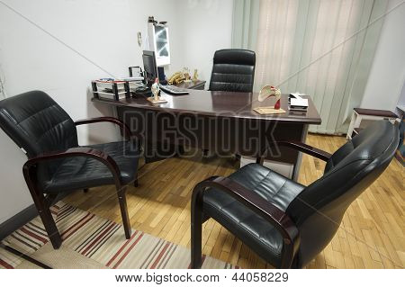 Doctors Consultation Room