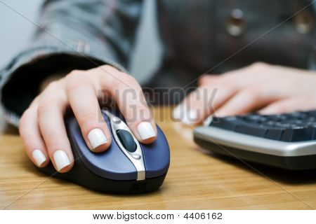 Wireless Computer Mouse.