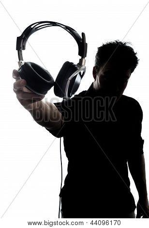 Hombre en silueta de auriculares