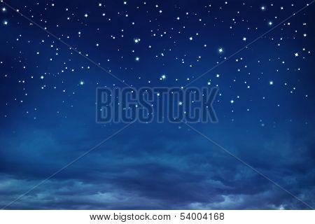 Sterne in den Nachthimmel