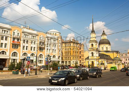 ST.PETERSBURG, RUSSIA - JUN 26: One of the streets in historical center, Jun 26, 2013, SPb, Russia. Petersburg ranked 10th place among the most visited and popular tourist cities in Europe
