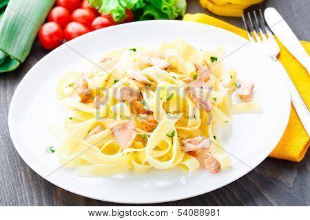 Delicious fettuccini with salmon