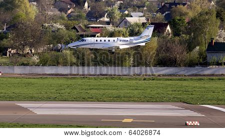 Cessna 560XLS Citation Excel business aircraft landing on the runway