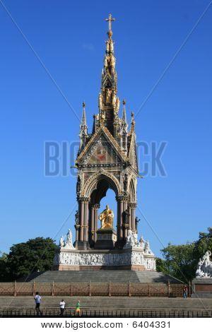 The albert memorial statue