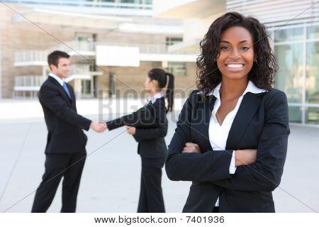 Equipo de diversos negocios atractivos