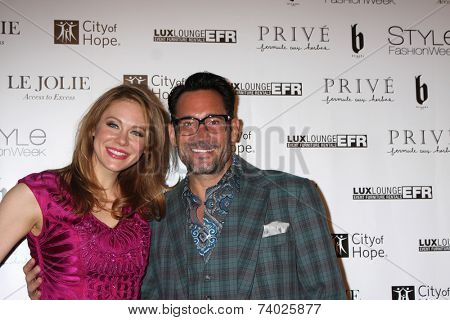 LOS ANGELES - OCT 15:  Maitland Ward, Gregory Zarian at the Sue Wong
