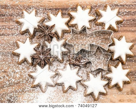 Cinnamon Stars With Sugar Powder