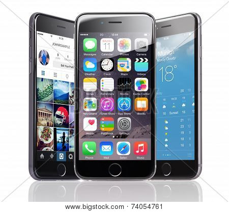 Apple Iphones 6 With Various Applications