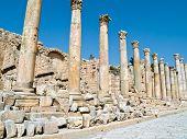 picture of cardo  - Main street cardo in Roman city - JPG