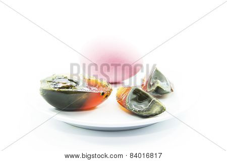 Duck's Egg Preserved Peel And Sliced With Raw Material