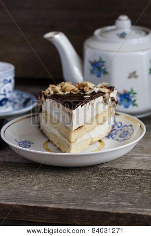 Cake bird's milk with chocolate and coconut